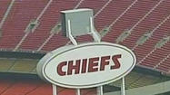 VIDEO Kansas City Chiefs player kills girlfriend, self