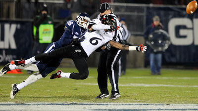 Uconn 2012 Football Season In Pictures Hartford Courant