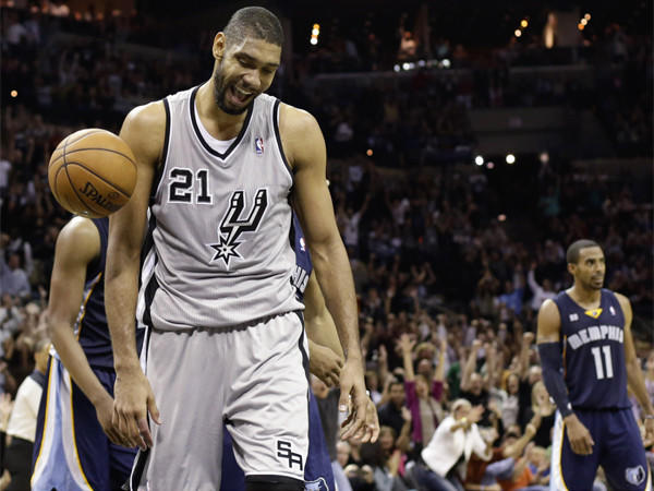 Tim Duncan and the rest of the Spurs are a formidable challenge for the injury-depleted Lakers.
