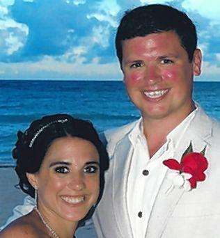 Carter Wolff and Brittney O¿Brien were married October 11th at Tulum, Mexico. Parents of the couple are Ken and Camille Wolff of Aberdeen, and Dave and Sue O¿Brien of Gurnee, IL. The couple resides in Hopkins, MN.