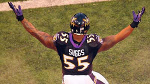 Notebook: Suggs leaves game in fourth quarter with arm injury
