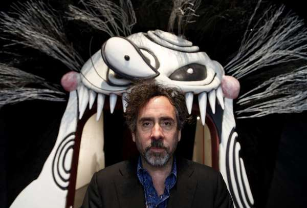 Tim Burton at the entrance to his exhibition at the Los Angeles County Museum of Art in 2011. The popular exhibition is heading to Seoul.