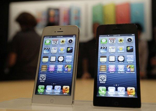 Apple began selling unlocked and contract-free versions of the iPhone 5 this week.