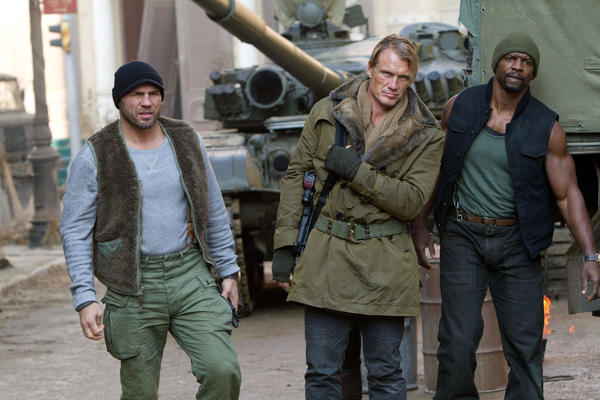 """The Expendables 2"" debuted at No. 2 on the DVD sales chart."