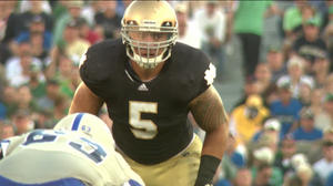 Te'o wins Butkus award; Kelly, Tuitt, Smith honored too