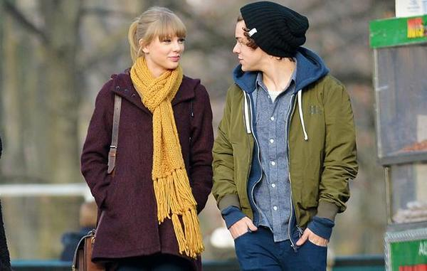 Swift spoted with Styles