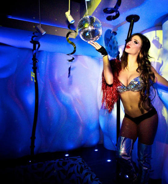 Unwind, dance and be merry at the trendy club/lounge. Resident DJs spin the best in house, hip-hop and dance music. 301 Las Olas Blvd., Fort Lauderdale. Go to Vibelasolas.com.