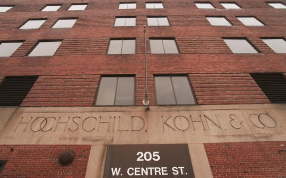 The former Hochschild, Kohn & Co. department store showroom and warehouse at the corner of West Centre Street and Park Avenue in Mount Vernon will be converted to apartments, the building's developer announced Tuesday.