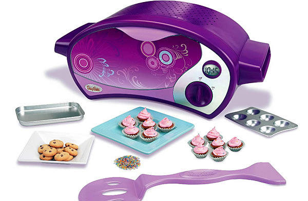 One fresh-faced New Jersey teenager is petitioning the toy maker Hasbro to stop marketing its kitchen set, Easy-Bake Ovens, only to young girls. She's asking for images of boys to also be placed on Easy-Bake boxes.