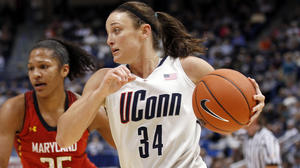 Kelly Faris: UConn's Do-Everything Guard