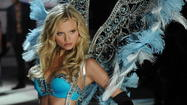 Victoria's Secret Fashion Show 2012 [Pictures]