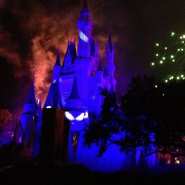 @bitterforsweet took this shot of Cinderella Castle during Mickey's Not-So-Scary Halloween Party in 2012. <b>#thedailydisney</b>