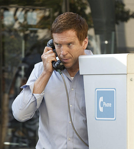 'Homeland' Season 2: Brody makes an important call using one of those old-timey talking machines.