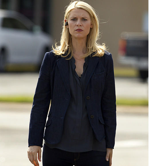 'Homeland' Season 2: No one rocks clandestine maternity wear better than Claire Danes.