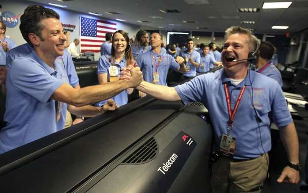 Joy as Curiosity lands safely on Mars