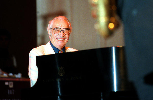 Dave Brubeck performs with the Dave Brubeck Quartet at the Chicago Jazz Festival in Grant Park on August 31, 2001.