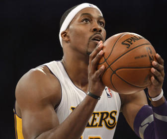 Dwight Howard attempts a free throw