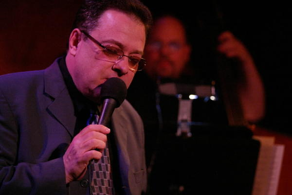 Tony Andriacchi performs at Davenport's in Chicago in 2005.