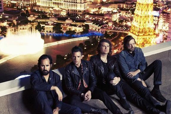 The Killers (Cosmopolitan, Dec. 28 and 29 ¿ photo by Williams + Hirakawa)