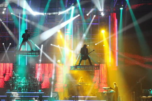 "The Trans-Siberian Orchestra will light up the holidays with ""The Lost Christmas Eve,"" a new live performance of its popular rock opera. Concert-goers will see stories unfold that take place on a Christmas Eve in New York at a rundown hotel, toy store, blues bar and cathedral, with a musical production of Paul O'Neill's electric light creation. <br><br><b> Why go: </b>Along with orchestra favorites ""Christmas Nights in Blue"" and ""Siberian Sleigh Ride"" will be new music from the band's latest, ""Dreams of Fireflies (On a Christmas Night)."" <br><br><b> Reconsider:</b> The lasers, the lights -- My eyes! My eyes! <br><br><b> Details: </b>3 and 8 p.m. Saturday at Allstate Arena, 6920 N. Mannheim Road, Rosemont; $30-$69; 800-745-3000, ticketmaster.com</b>"