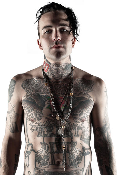 Yelawolf (New Year's Eve, Rain)