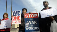 As 'fiscal cliff' looms, federal workers rally against further pay cuts