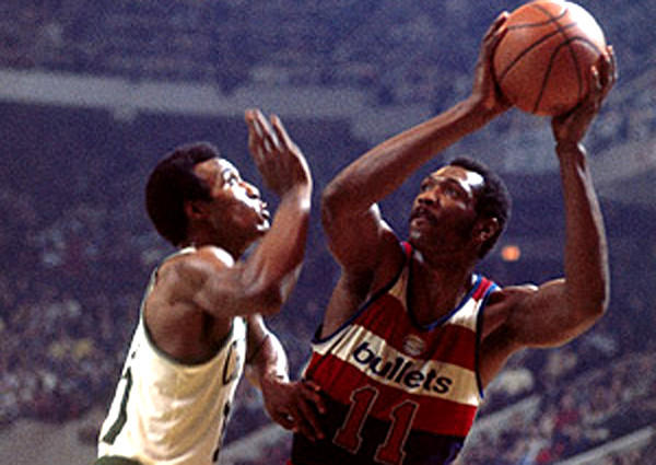 The Big E finished with 27,303 points in 1,303 games with the Rockets and Bullets, an average of 21.0 a game.