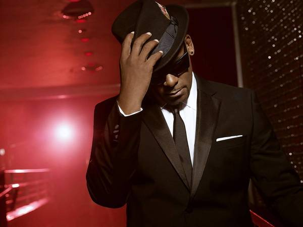 R. Kelly is set to perform in Norfolk