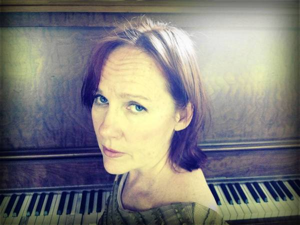 Iris DeMent will perform Saturday at Plaza Live in Orlando