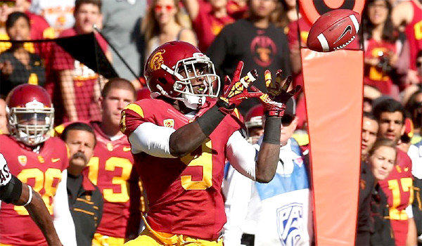 Marqise Lee is leading the nation with 112 receptions this season.