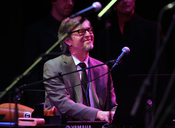 "Darius Brubeck, son of Dave Brubeck, plays ""Take-Five"" to close out the night at the Palace Theater."