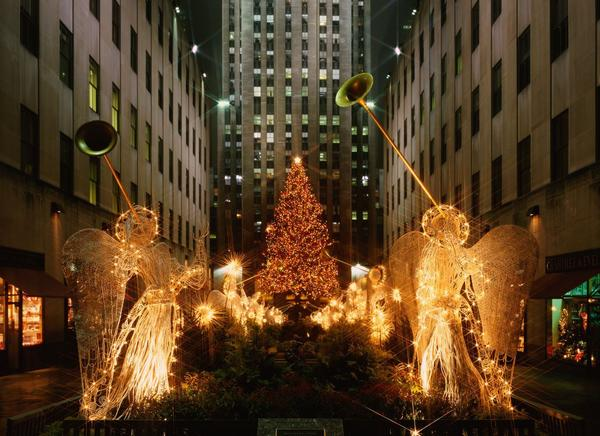"The ""city that never sleeps"" always has something to offer tourists and residents alike during the holiday season. The tree in Rockefeller Center (you may remember it from Home Alone), may be the biggest attraction in size, but Radio City Christmas Spectacular and FAO Schwartz, ""the biggest and oldest toy store,"" are just as popular.<br> <br> The median listing price for a home in New York is around $1 million."