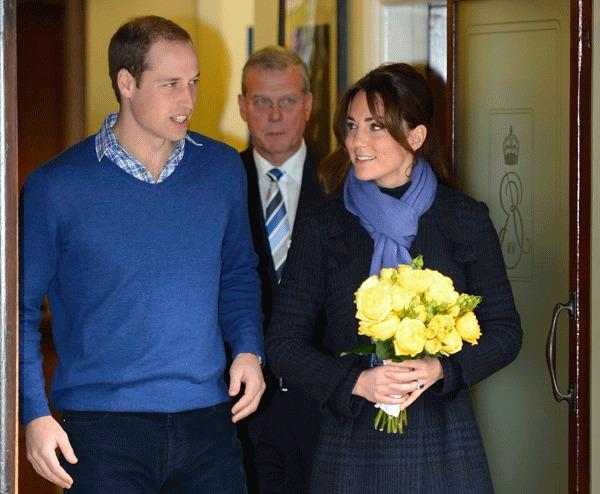 Britain's Prince William leaves the King Edward VII hospital with his wife Catherine, Duchess of Cambridge, London December 6, 2012.