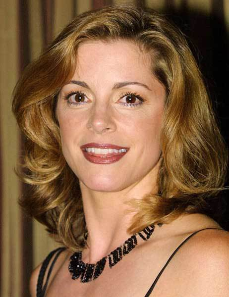 Actress Cynthia Gibb celebrates her 47th birthday today.  And, no, there's no relation to the Bee Gees.