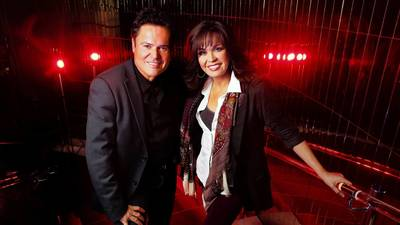 Donny and Marie are pros at this