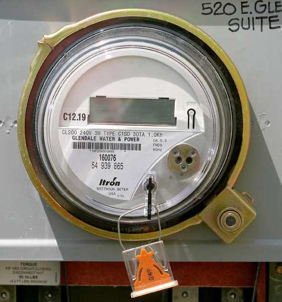Glendale Water & Power will make the switch from analog meters to smart meters next month. The utility has been rolling out the devices over the past two years.