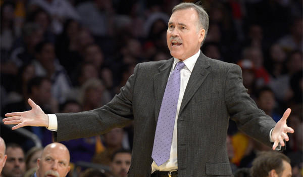 Mike D'Antoni doesn't mind being an idiot if it means the Lakers get a win.