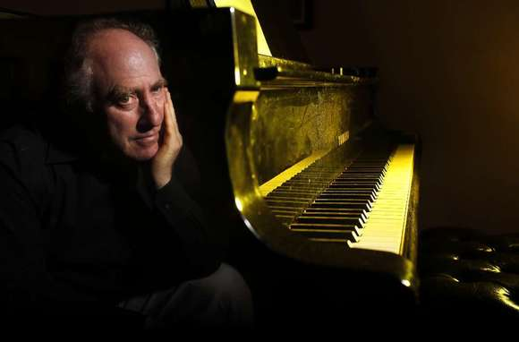 Jeffrey Kahane leads the Los Angeles Chamber Orchestra