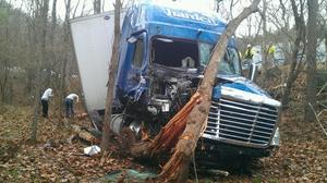 Route 100 in Giles County to close Monday for tractor-trailer crash clean-up