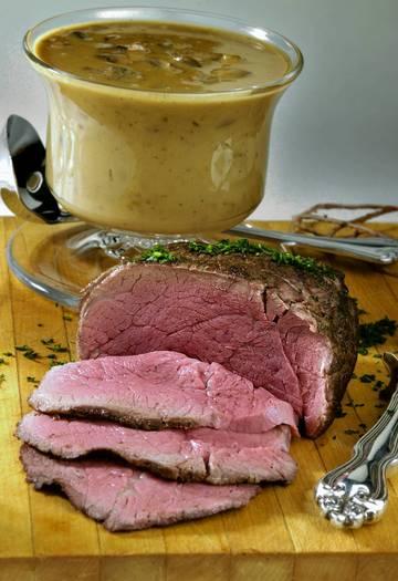 Wolfgang Puck's Tenderloin with mushroom gravy