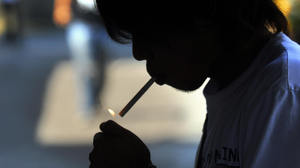 Docs should counsel youth about not smoking: panel