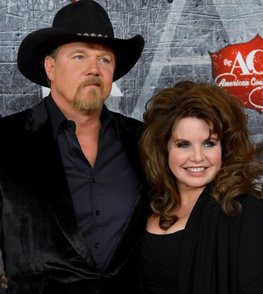 2012 American Country Awards red carpet pics: Trace Adkins and Rhonda Forlaw