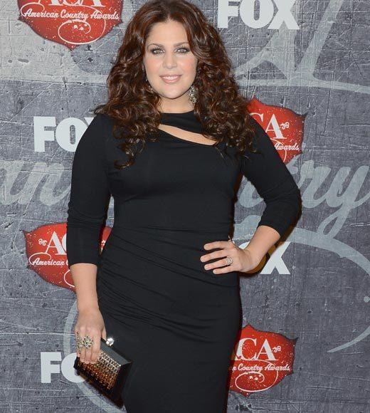 2012 American Country Awards red carpet pics: Hillary Scott