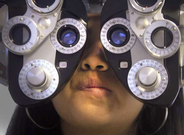 People with diabetes can develop visual impairments and so should get eye examinations yearly, according to the National Eye Institute.