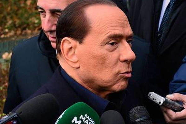 Former Italian Prime Minister Silvio Berlusconi announced Saturday that he had decided to seek another term, after earlier vowing to retire from elected office.