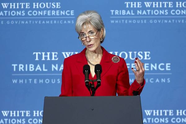 Health and Human Services Secretary Kathleen Sebelius wrote a letter to governors pressing them to expand Medicaid under the federal healthcare law.