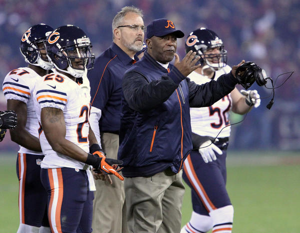 Coach Lovie Smith directs the Bears against San Francisco last month.
