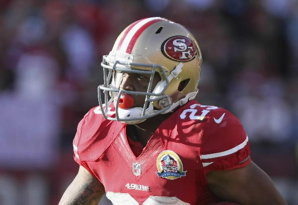 How has it taken this long for James to get on the field? Seriously, all we¿ve been hearing the entire season is how much the Niners want to limit Frank Gore¿s carries. They had to go through Kendall Hunter (out for the year) and Brandon Jacobs (suspended because he's an idiot) to get to him, and I think he¿s gonna stick around. San Fran's gonna wrap up a playoff spot sooner rather than later, and expect them to ride LMJ to the finish line. <br><b>Last week:</b> 8 carries, 30 yards, 1 reception, 15 yards<br><b>This week:</b> @Patriots