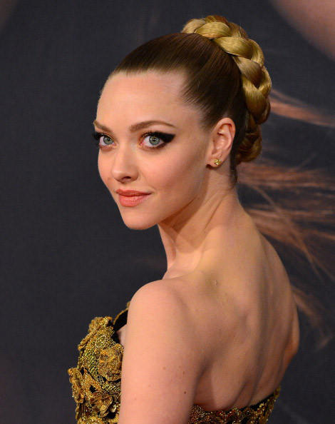 Amanda Seyfried attends 'Les Miserables' New York premiere.