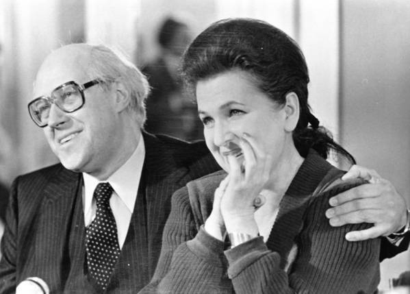 Russian soprano Galina Vishnevskaya and her husband, Russian cellist and conductor Mstislav Rostropovich.